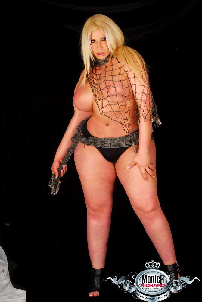 Glamourous Bbw Tgirl Monica Richard