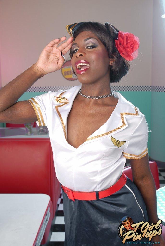 Sensuous Ebony Bambie Showing Her Flirtatious Body