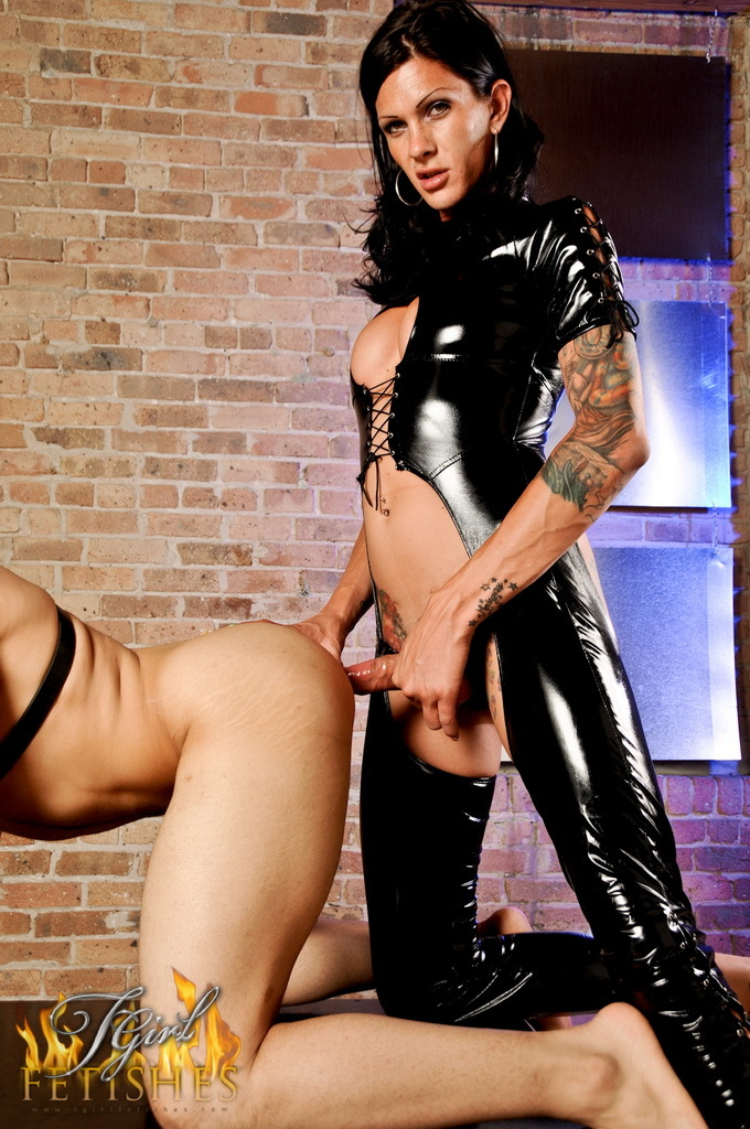 Slutty Massive Cocked Mistress Morgan Drilling A Man