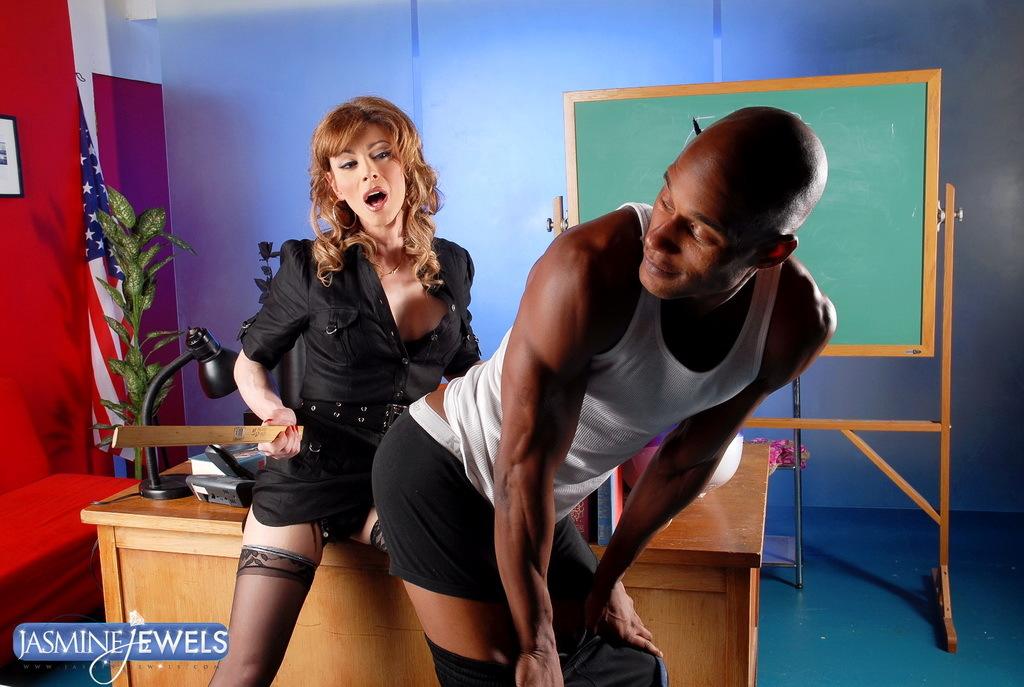 T-Girl Teacher Jasmine Jewels Sucking Dick A Massive Black Dick